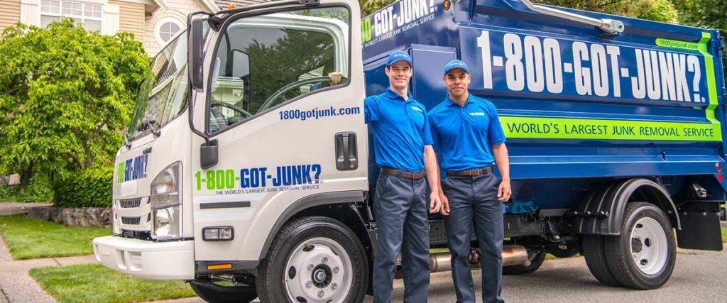 Advantages of Hiring a Junk Hauling Company